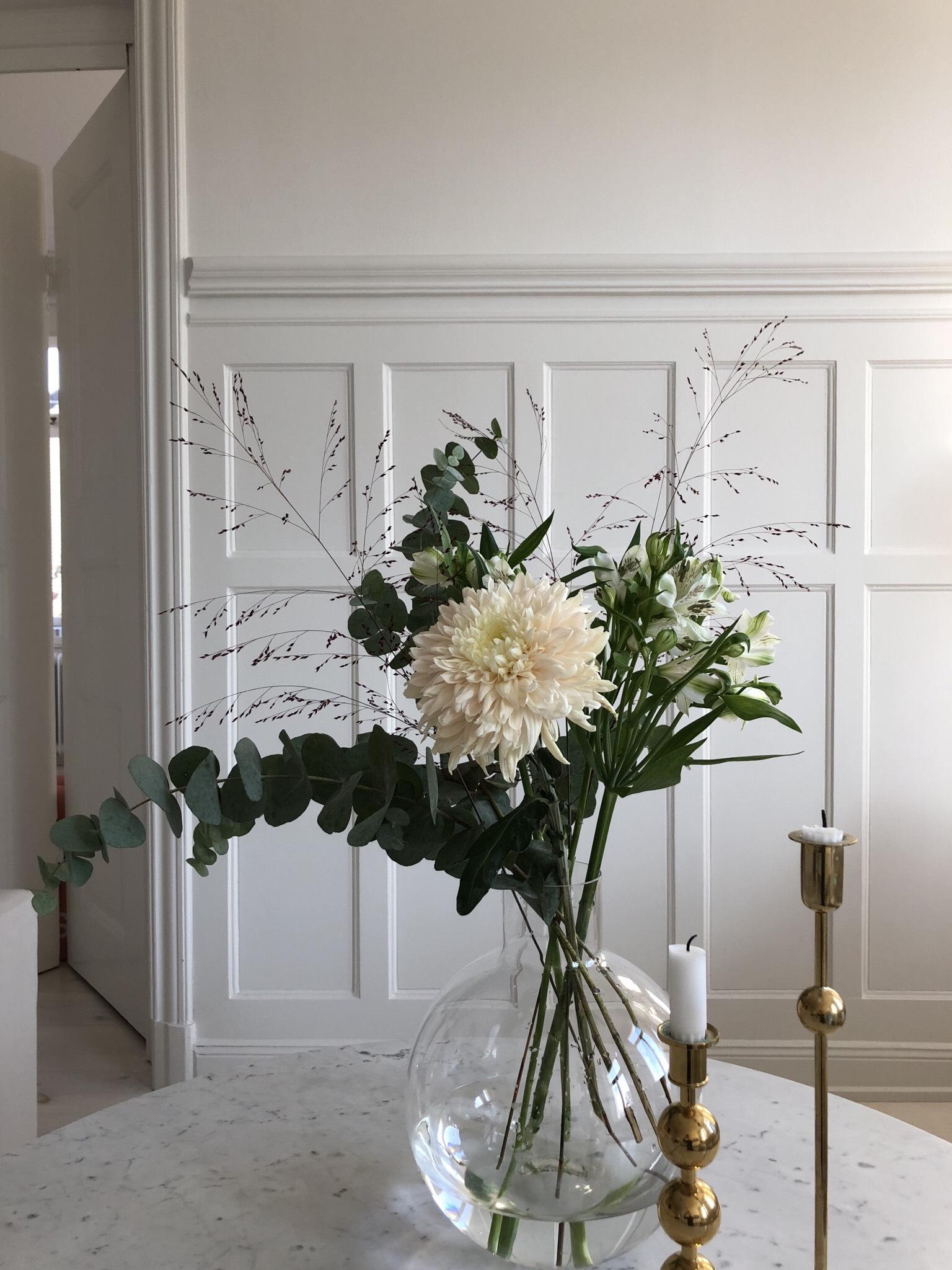 En vacker exempelbukett från Flowery